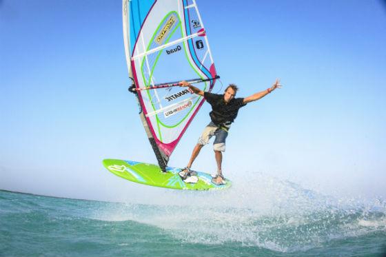 windsurfing-adrian-beholz